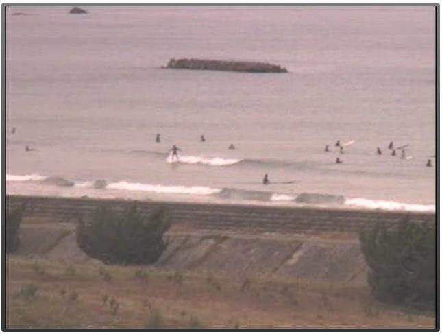 2015年5月31日(日)16時頃の伊勢国府の浜の波