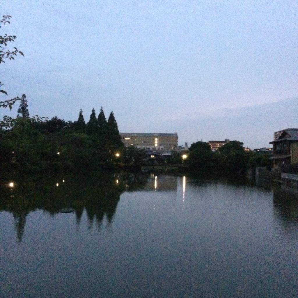 2015年5月23日(土)19時頃の桃が池