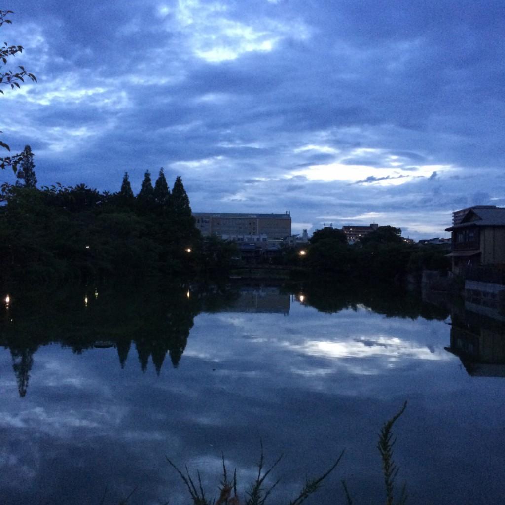 2015年7月12日(日)19時頃の桃が池